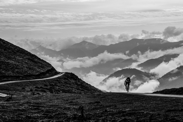 Phil Deeker's Ride of a Thousand Cols: The Legend Returns
